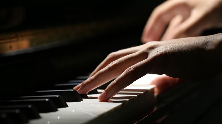 美人ピアニストランキング