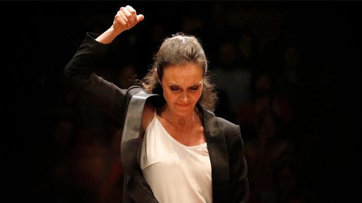 女性指揮者