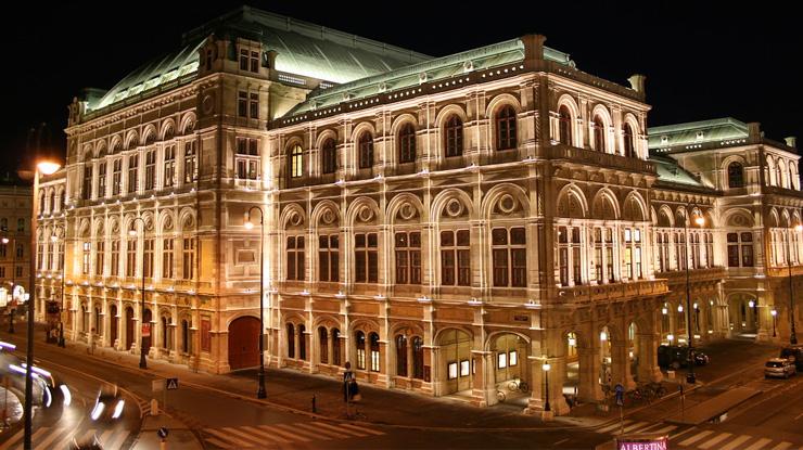 ウィーン国立歌劇場音楽監督就任